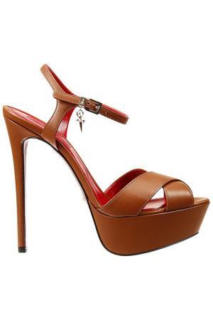 Босоножки на каблуках Cesare Paciotti. Цвет: коричневый