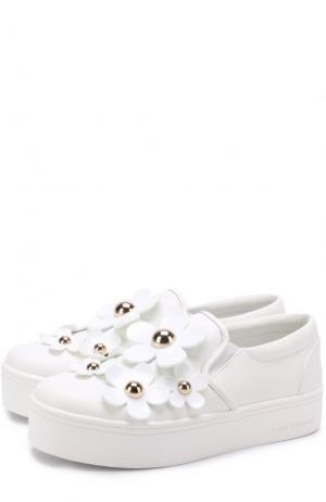 Кожаные слипоны с цветочной аппликацией Marc Jacobs. Цвет: белый