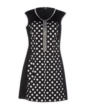 Короткое платье TO-MAY. Цвет: черный