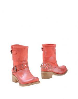 Полусапоги и высокие ботинки GIACKO. Цвет: коралловый