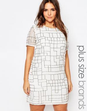 Truly You Цельнокройное платье с пайетками. Цвет: белый