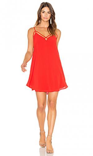 Платье с перекрестными шлейками спереди Bishop + Young. Цвет: красный