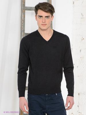Пуловер Think Pink. Цвет: черный