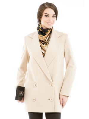 Пальто Levall. Цвет: кремовый