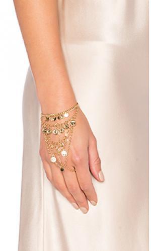 Цепочка на руку с подвесами из монет Ettika. Цвет: металлический золотой