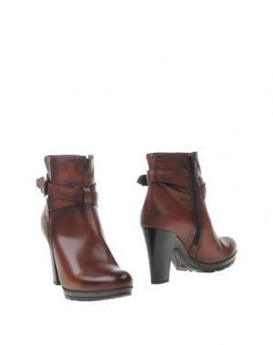 Полусапоги и высокие ботинки KEYS. Цвет: какао
