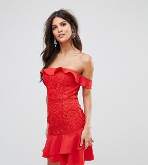 Jarlo Платье мини с открытыми плечами и ярусной оборкой. Цвет: красный