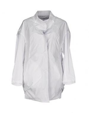 Легкое пальто DEMOO PARKCHOONMOO. Цвет: белый