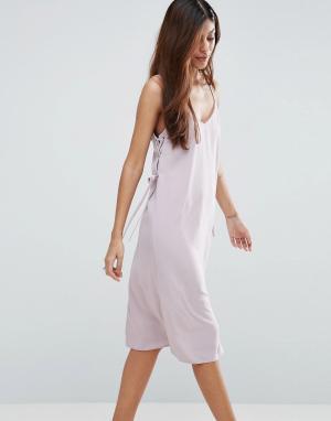 ASOS Платье миди на бретелях с люверсами. Цвет: фиолетовый