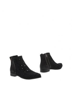 Полусапоги и высокие ботинки JUICE. Цвет: черный