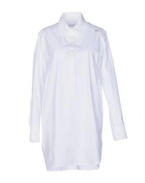 Короткое платье THE EDITOR. Цвет: белый