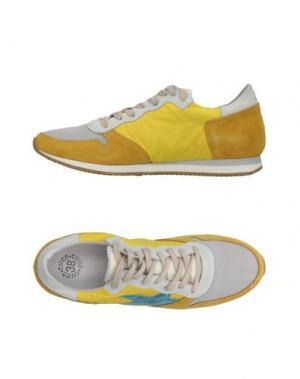 Низкие кеды и кроссовки CIVICO 38. Цвет: желтый