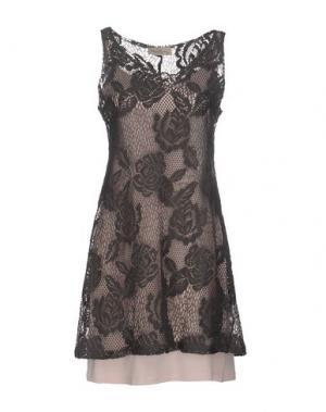Короткое платье JUST FOR YOU. Цвет: свинцово-серый