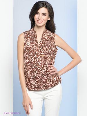 Блузка, брошь Vis-a-vis. Цвет: коричневый