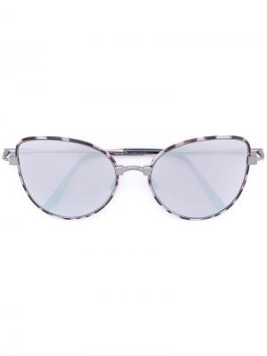 Солнцезащитные очки в оправе кошачий глаз Cutler & Gross. Цвет: металлический