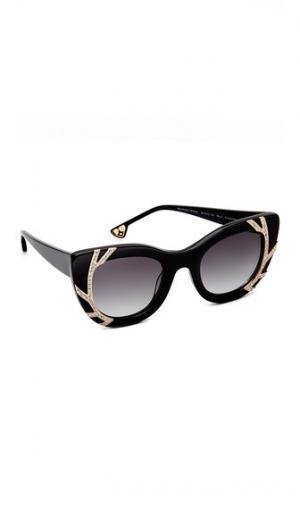 Солнцезащитные очки Delancey с кристаллами alice + olivia