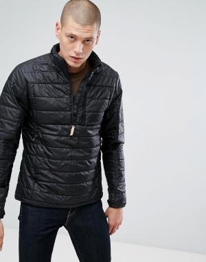 Fjallraven Черная дутая куртка. Цвет: черный