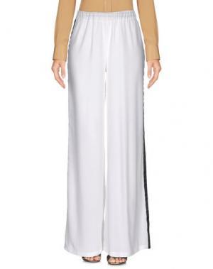 Повседневные брюки ERENDIRA. Цвет: белый
