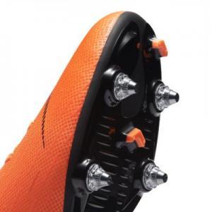 Футбольные бутсы для игры на мягком грунте  Mercurial Superfly VI Academy SG-PRO Nike. Цвет: оранжевый