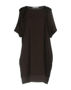 Короткое платье JEY COLE MAN. Цвет: темно-коричневый