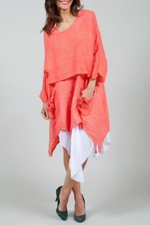 Платье La Belle Helene. Цвет: красный