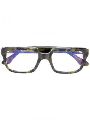 Камуфляжные очки в квадратной оправе Cutler & Gross. Цвет: зелёный