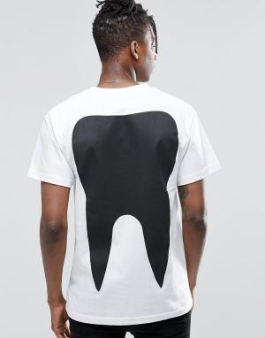 Long Clothing Футболка с зубом. Цвет: белый