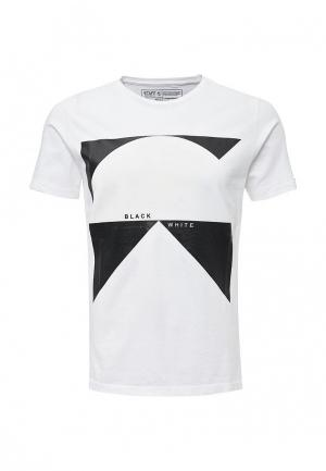 Футболка Staff Jeans & Co.. Цвет: белый