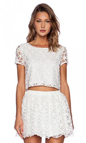 Укороченный топ Lucca Couture. Цвет: белый