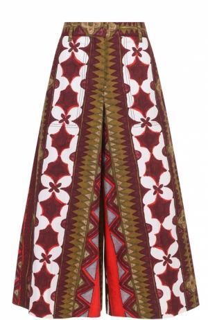 Кюлоты с завышенной талией и ярким принтом Valentino. Цвет: красный