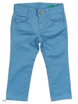 Джинсы United Colors of Benetton. Цвет: голубой