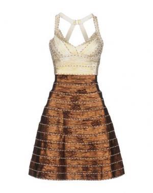 Короткое платье EYEDOLL. Цвет: слоновая кость