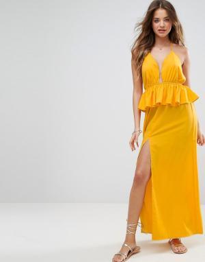 ASOS Пляжное платье макси с оборками. Цвет: желтый