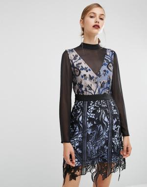 Self Portrait Двухслойное платье с кружевной накладкой. Цвет: черный