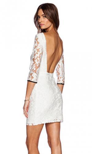 Платье rosie Myne. Цвет: кремовый