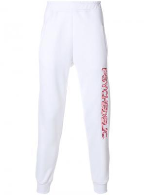 Спортивные брюки с графическим принтом Omc. Цвет: белый