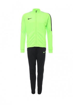Костюм спортивный Nike. Цвет: зеленый, черный