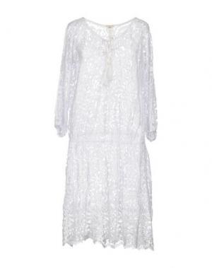 Платье до колена EMAMÒ. Цвет: белый