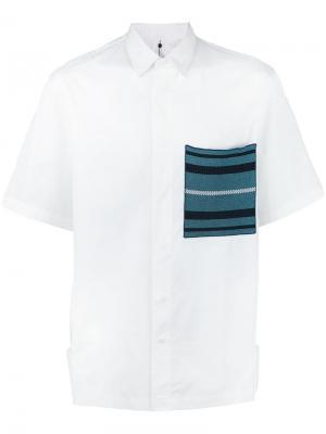 Рубашка с трикотажным карманом Oamc. Цвет: белый