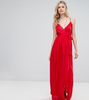 ASOS Tall Пляжное платье макси с запахом. Цвет: красный