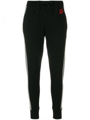 Спортивные брюки с вышитым логотипом Être Cécile. Цвет: чёрный
