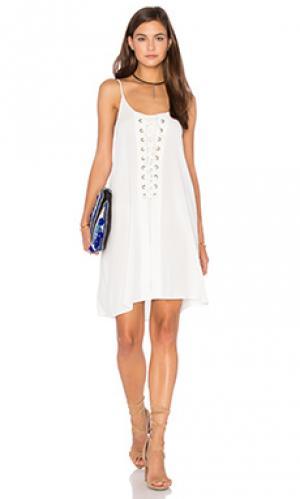 Платье laila Bishop + Young. Цвет: белый
