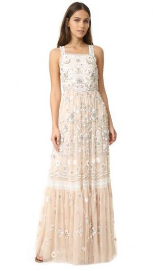 Вечернее платье с декоративной отделкой и манишкой Needle & Thread. Цвет: розовый лепесток