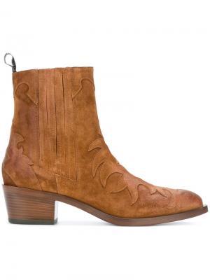 Ботинки в стиле вестерн Sartore. Цвет: телесный