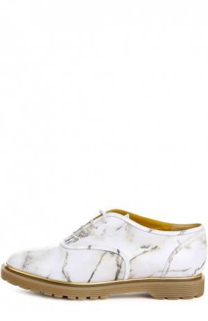 Лаковые оксфорды Stefania на шнуровке Charlotte Olympia. Цвет: серый