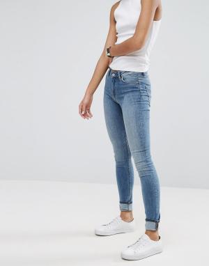 Weekday Супероблегающие джинсы с завышенной талией. Цвет: синий