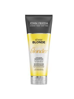 Шампунь осветляющий для натуральных, мелированных и окрашенных волос Sheer Blonde Go Blonder, 250 мл John Frieda. Цвет: прозрачный