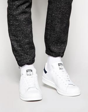 Adidas Originals Белые кожаные кроссовки Stan Smith M20325. Цвет: белый