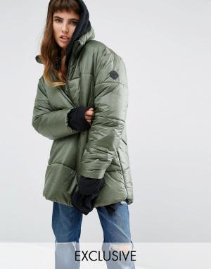 Puffa Oversize-куртка через голову с короткой молнией. Цвет: зеленый