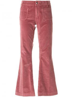 Укороченные бархатные брюки клеш The Seafarer. Цвет: розовый и фиолетовый